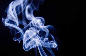 עשן אידוי צמח קנאביס